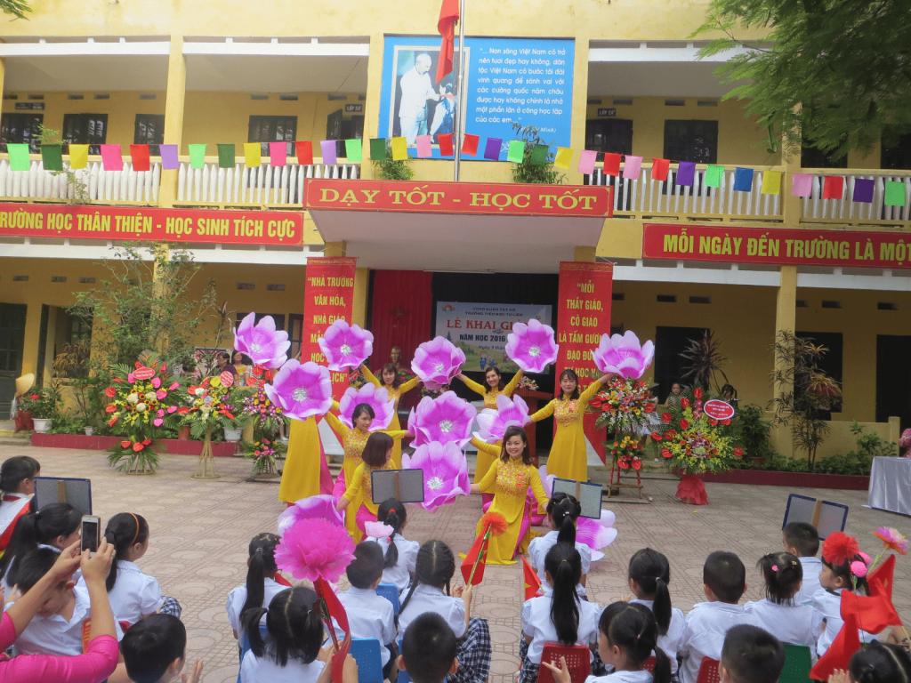 Trường tiểu học Tứ Liên - Tây Hồ, Hà Nội