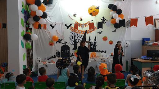 Lễ Halloween năm 2019 do trường mầm non Apple Tree tổ chức