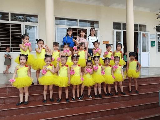 Cô trò trường mầm non Sơn Ca tham gia hoạt động tổng kết hè năm 2019