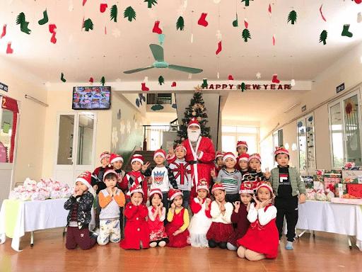 Học sinh trường mầm non sao mai đón giáng sinh năm 2019