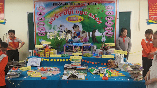 Ngày hội đọc sách của khối lớp 4 trường tiểu học Yên Viên