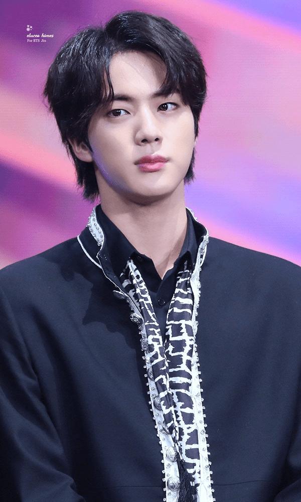 Jin - Anh cả của nhóm BTS