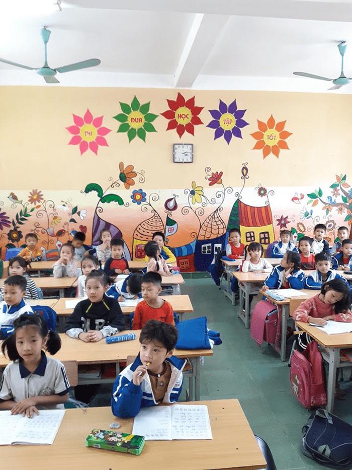Khung cảnh đẹp, sinh động bên trong lớp học của trường tiểu học Sơn Đồng