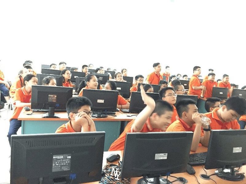 Hoạt động trải nghiệm STEM