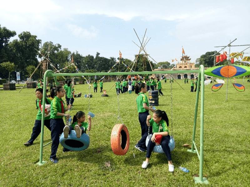 Các em được tham quan dã ngoại và đón Trung thu tại di tích lịch sử Hoàng Thành Thăng Long