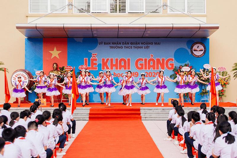 Lễ khai giảng của trường THCS Thịnh Liệt