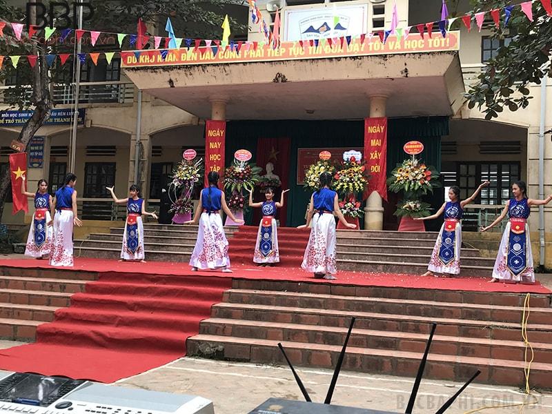 Hoạt động chào mừng ngày 20/11 của trường THCS Đồng Thái