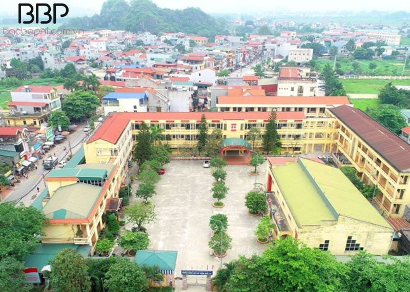 Trường THPT Quốc Oai - thị trấn Quốc Oai