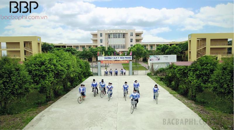 Trường THPT Tiền Phong