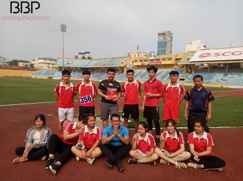 Thầy và trò trường THPT Dương Xá tham gia Hội khỏe phù đổng cấp Thành phố