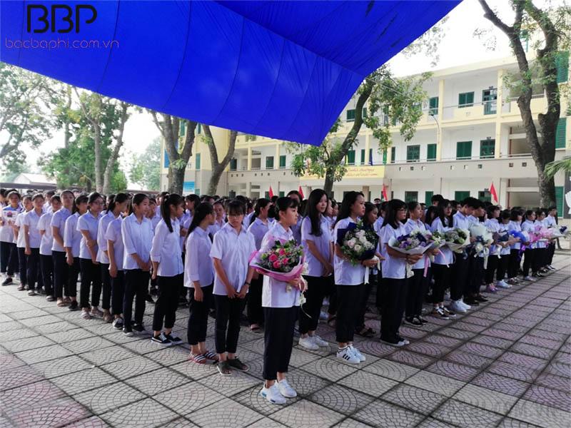 Trường THPT Liên Hà