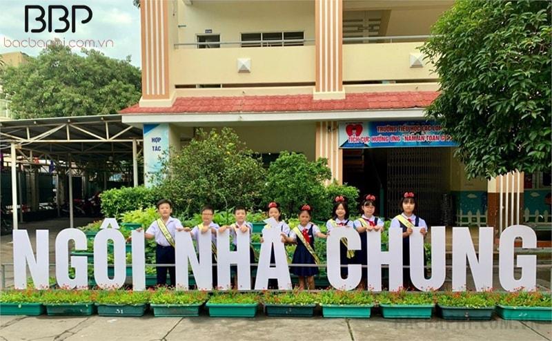 Trường tiểu học Lạc Long Quân - phường 8